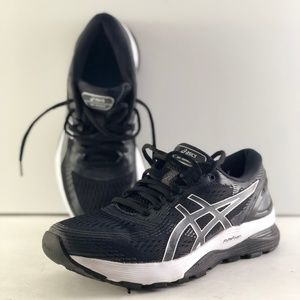 Asics GEL-Nimbus 21 Running Shoes